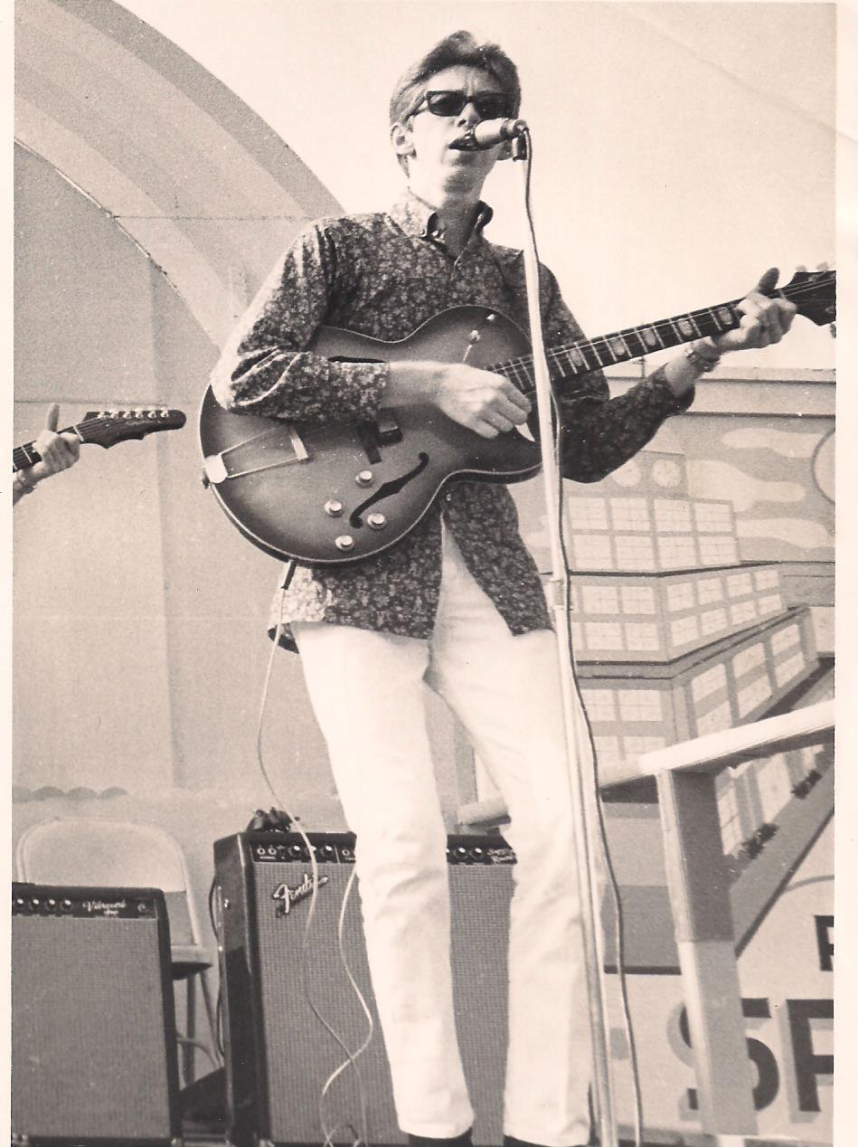 Guy Ferrell in concert
